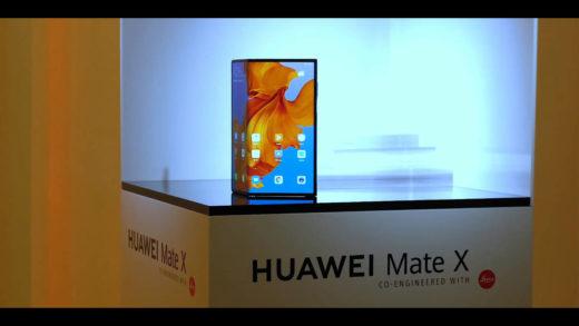 """Huawei Mate X, perso nelle """"pieghe"""" del tempo"""